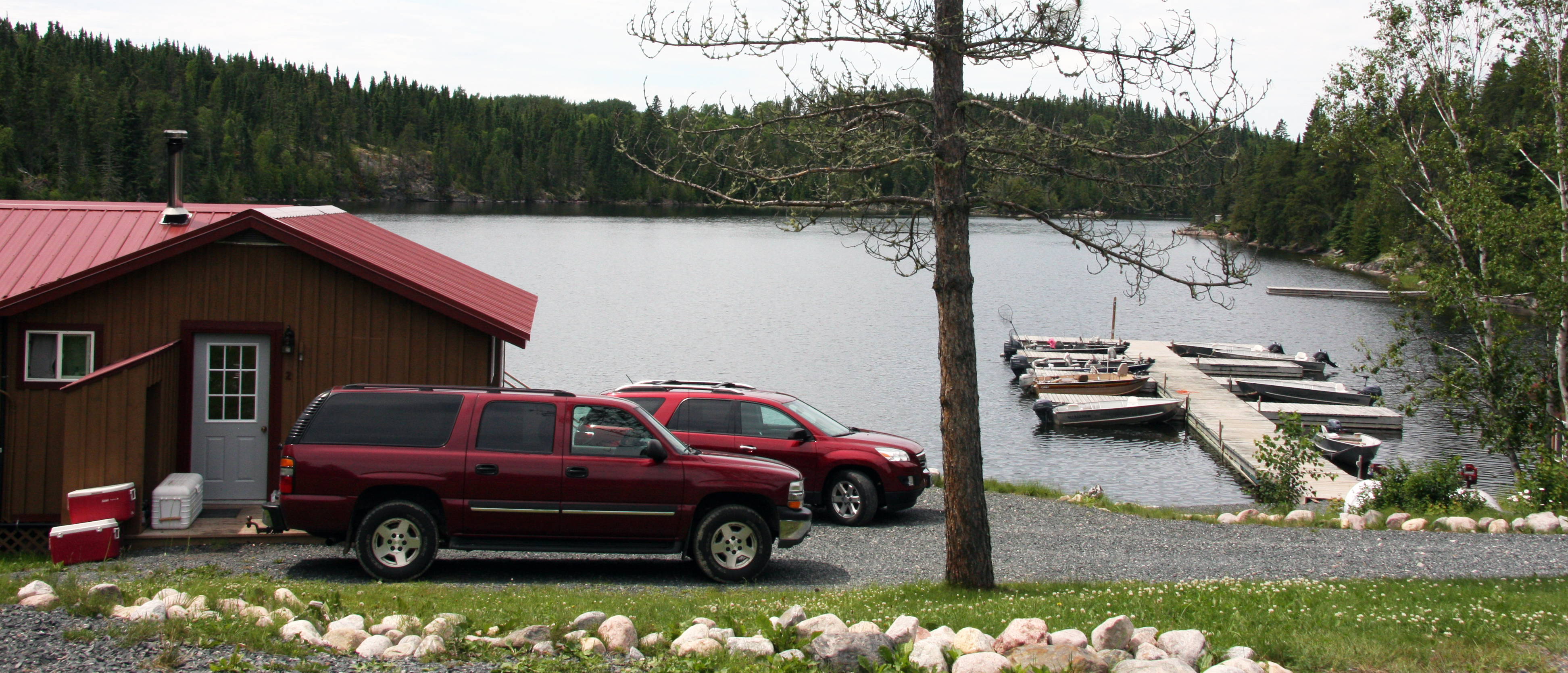 Drive in lodges sunset country ontario canada for Ontario drive in fishing lodges