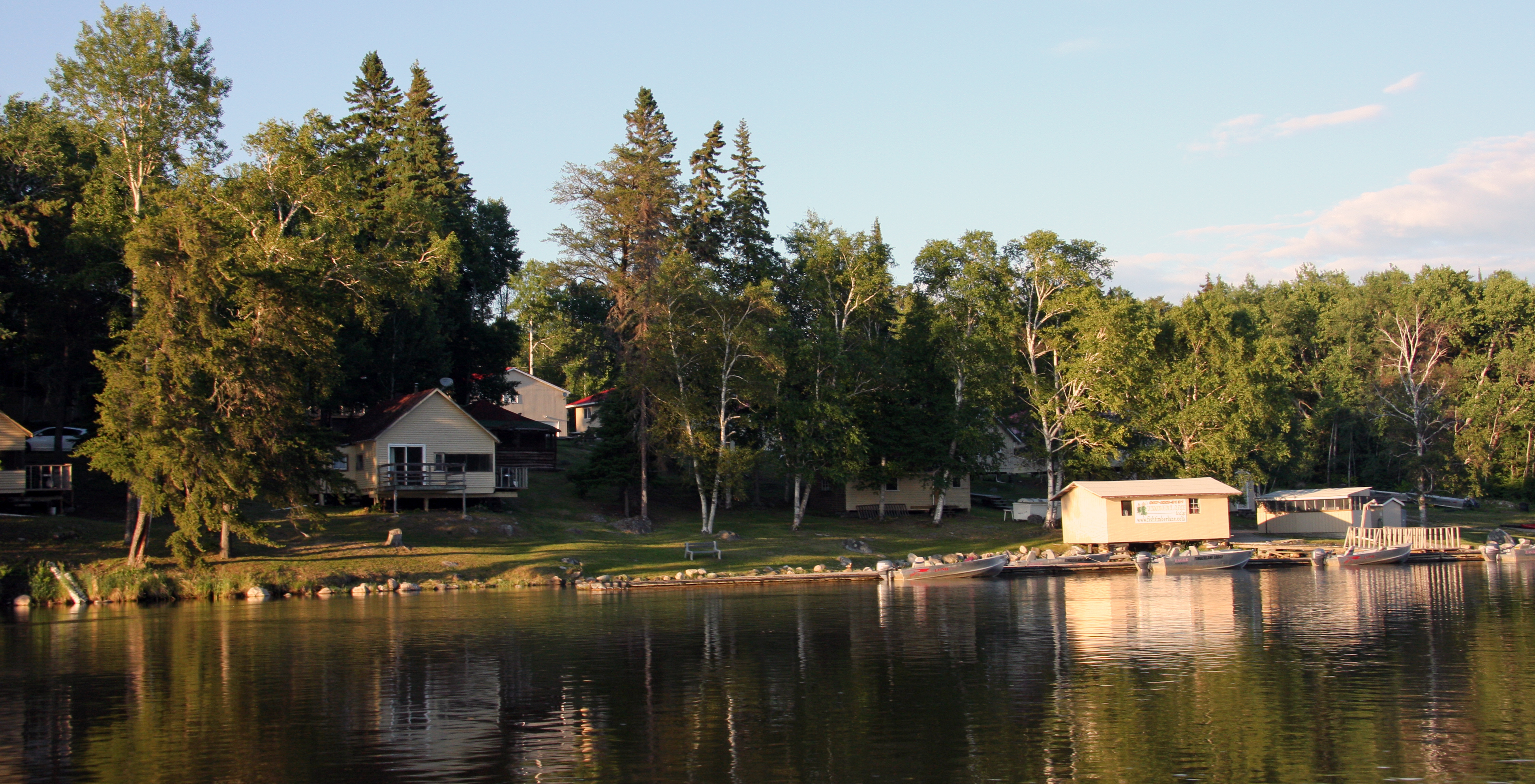 Ear falls accommodations sunset country ontario canada for Lac seul fishing resorts