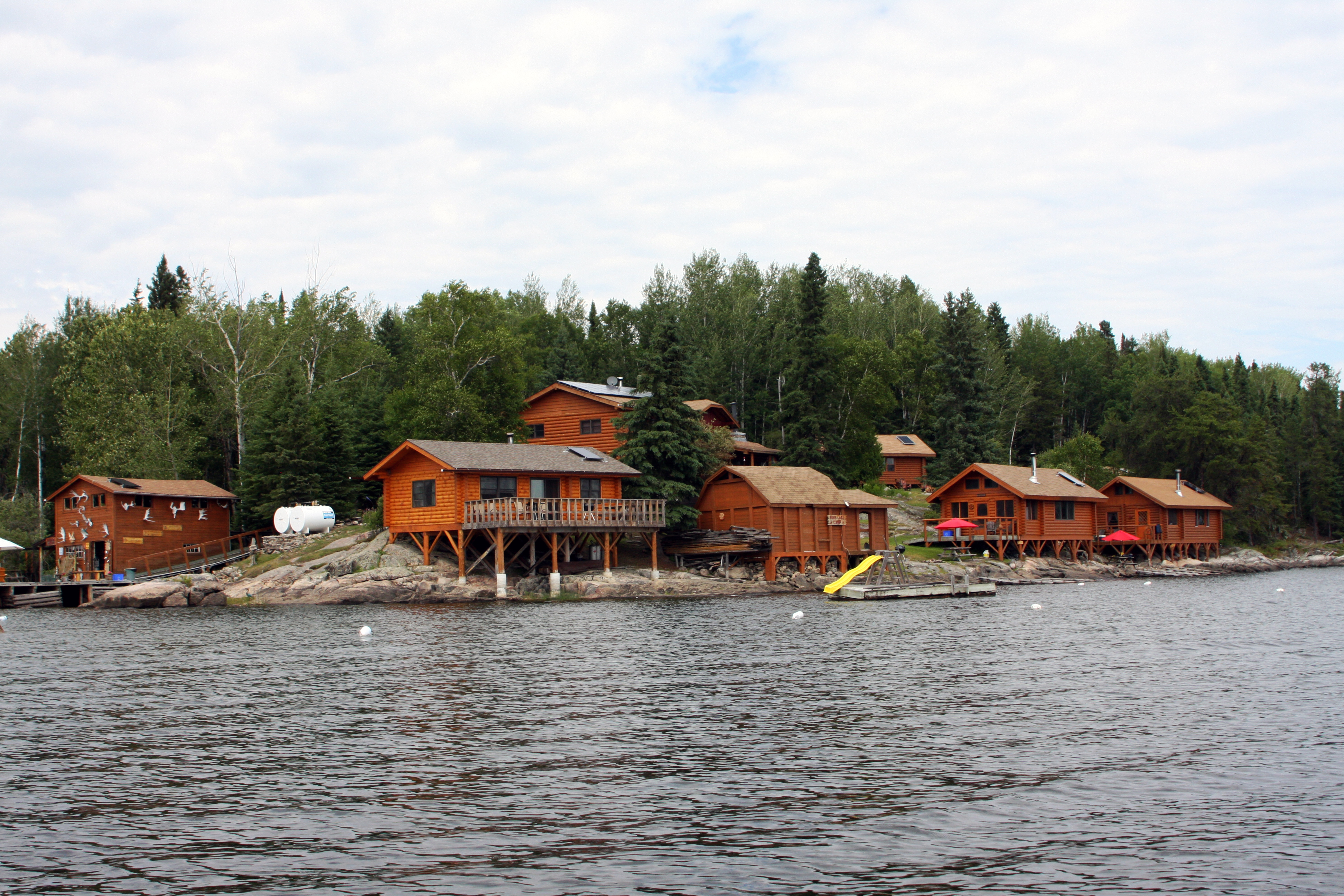 Perrault falls accommodations sunset country ontario for Ontario canada fishing resorts