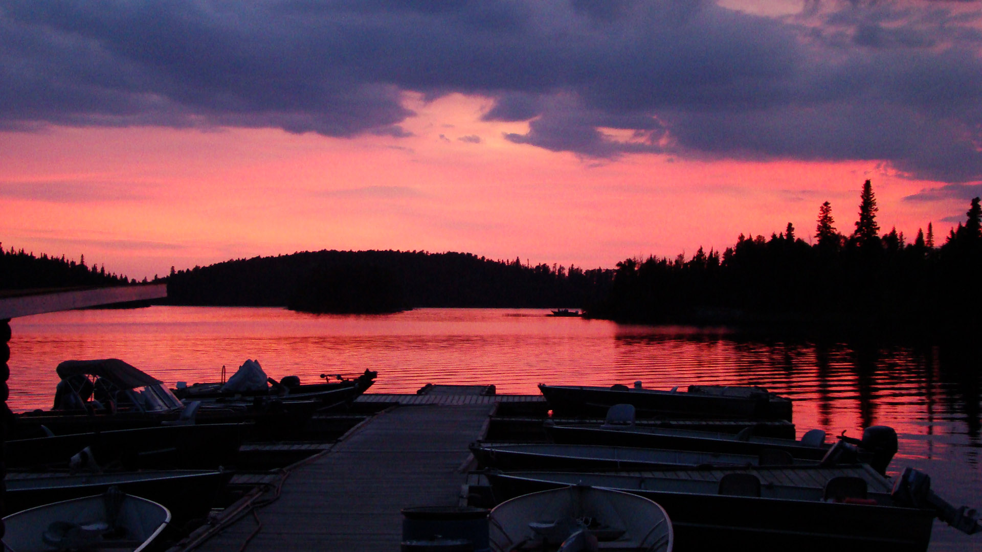 Red lake sunset country ontario canada for Red lake fishing