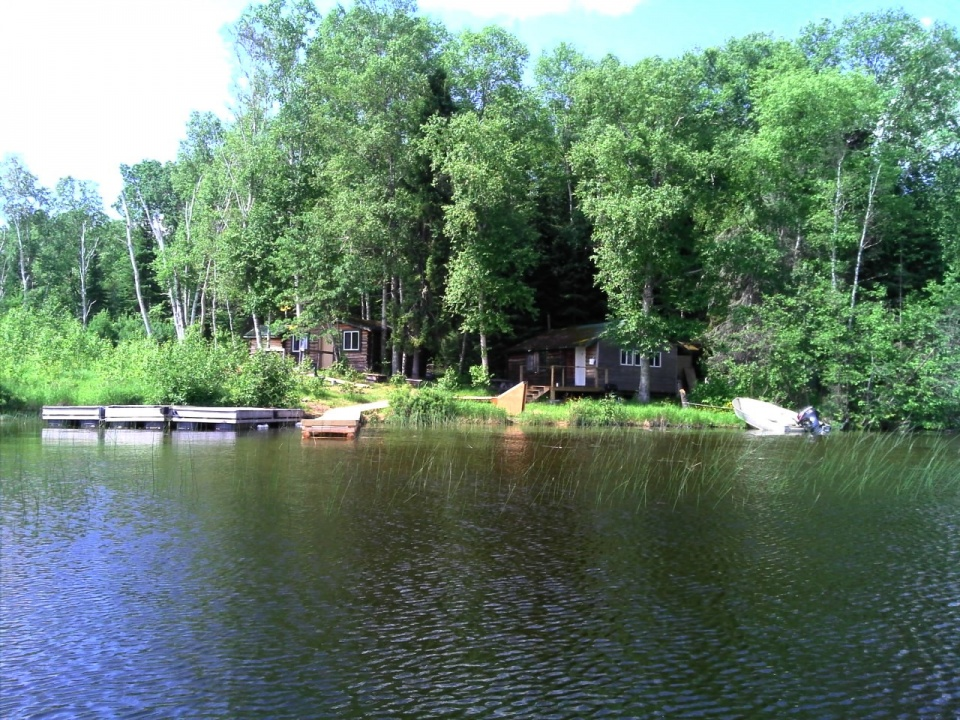 South Bay Outpost cabins - big fish on Confederation Lake