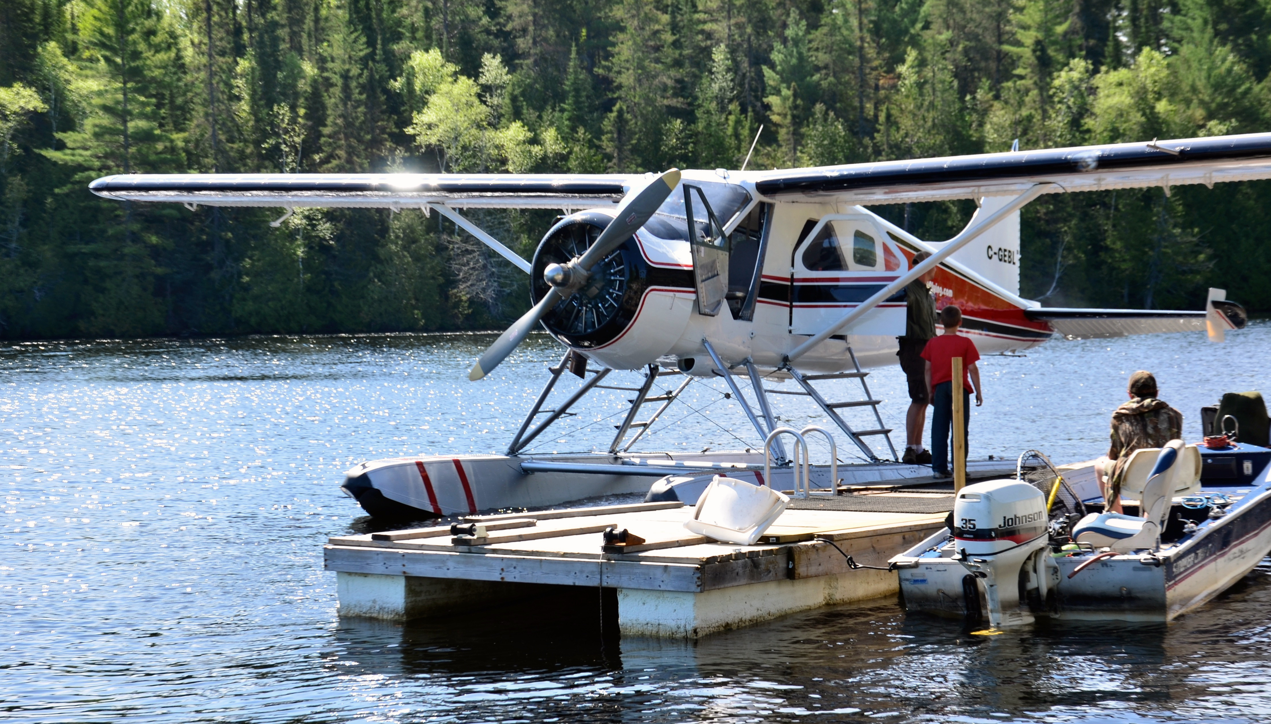 Northwest flying inc sunset country ontario canada for Northwest fly fishing outfitters
