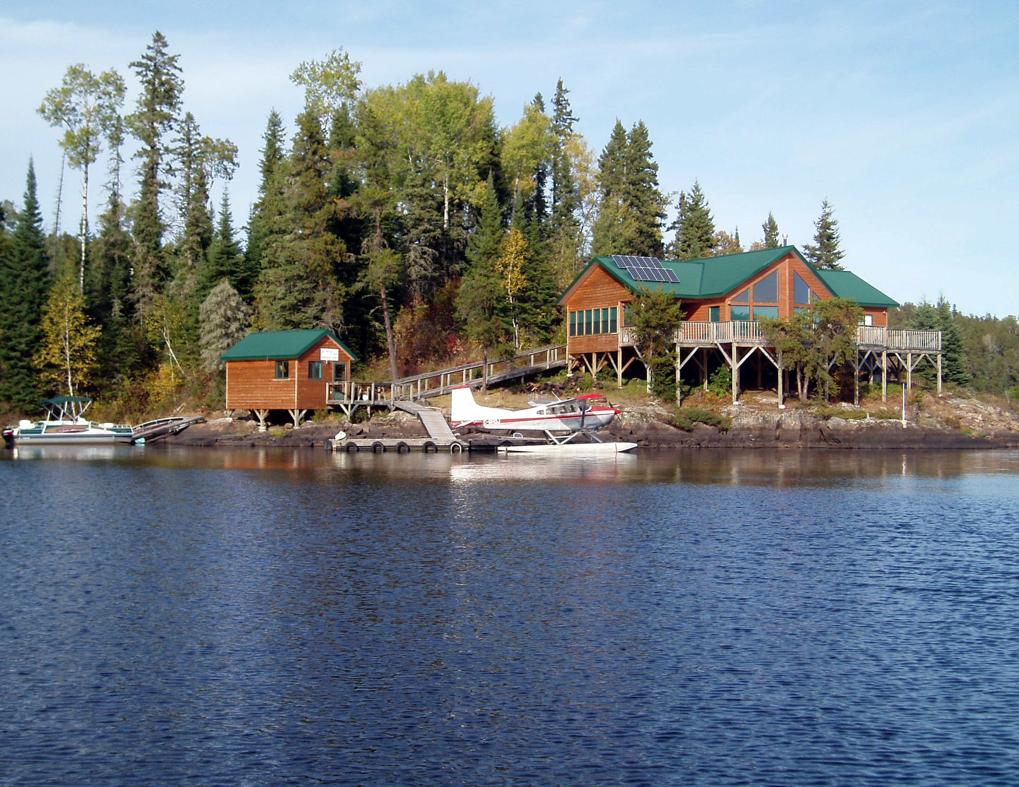 Outpost cabins sunset country ontario canada for Canada fishing lodges