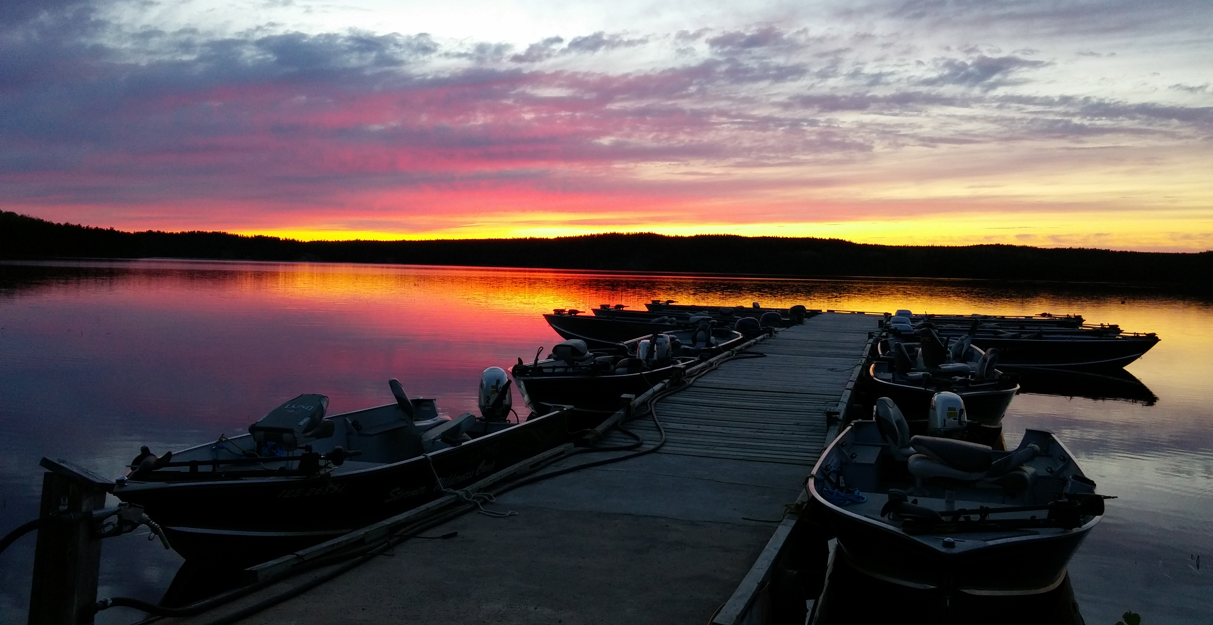 Stormer Lake Lodge Sunset Country Ontario Canada