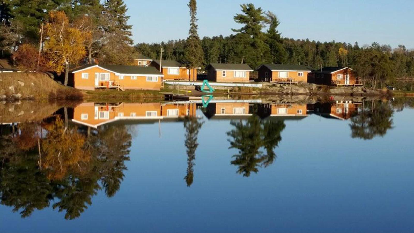 Arrowhead resort motel sunset country ontario canada